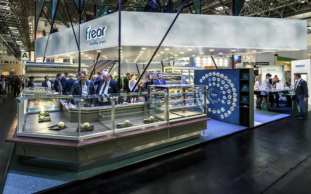 FREOR-at-Euroshop-2017-Vega-QB-1