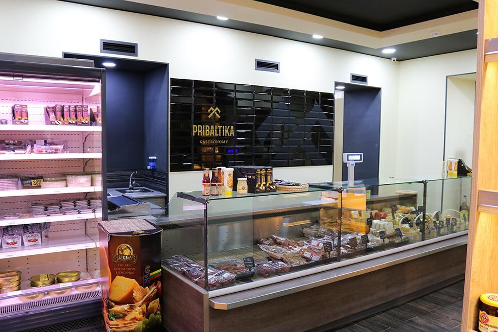 FREOR-Equipment-Cools-Pribaltika-Store-in-Azerbaijan-7