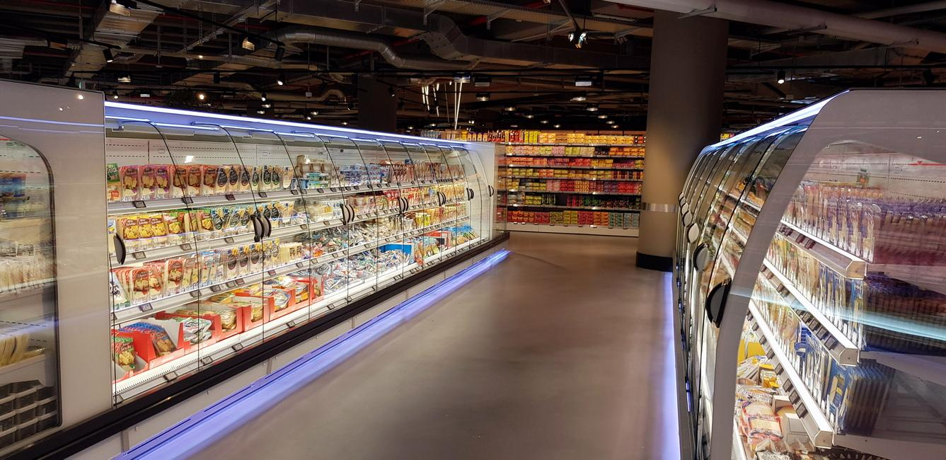 PAN-DUR-and-FREOR-Semi-vertical-PLUTON-SPACE-EDEKA-Store-3