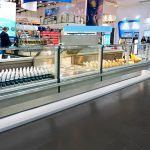 Enlarge-serve-over-counter-VEGA-SPACE-QB-HG-EuroShop-2020-FREOR-2